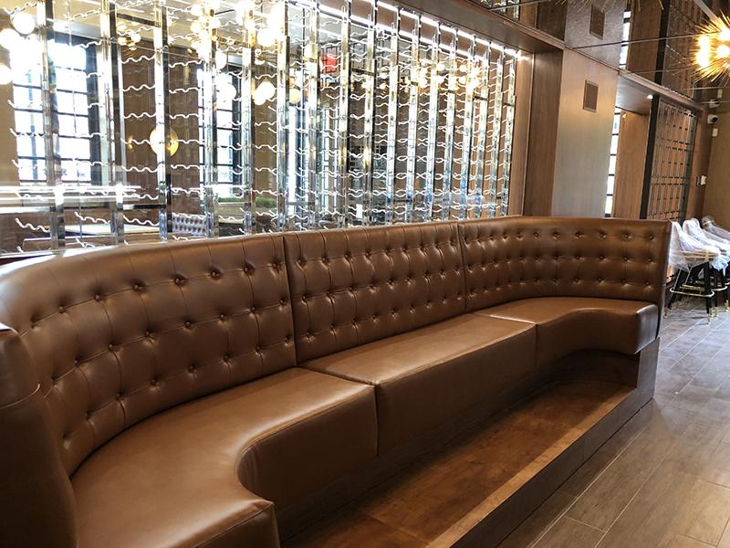 custom restaurant banquettes